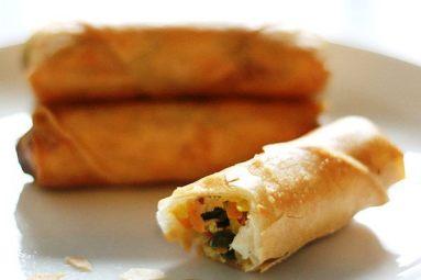moua egg rolls